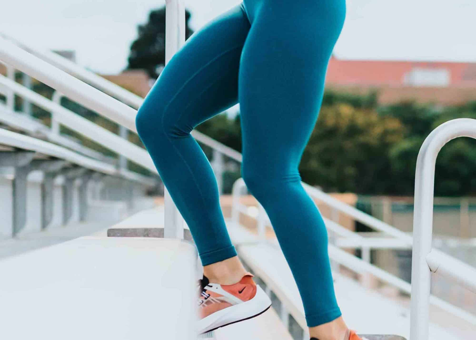 Nina-Carras-Personal-Trainer-Fitness-Stairs